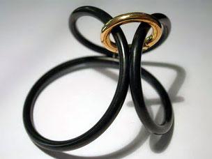 Armband, Kautschuk und Gold Zoltan Schmuck
