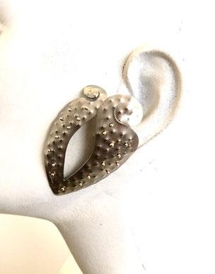 orecchini titanio