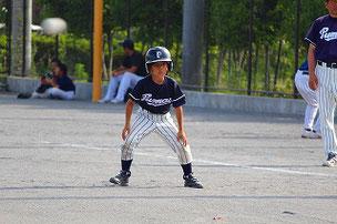 SEG君は2回出塁。盗塁も決めました。