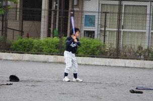 ミニゲームでHRを打ったKESくん。パワーがあるので当たると強い打球が跳びます。将来の4番候補?? 良い素振りをたくさんしてね。