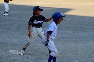 相手チームの4年生が良い走塁をしていました。