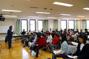 午後は総会&6年生を送る会が行われました。