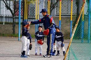 Sコーチ、ありがとうございます。低学年生は確実に成長しています。