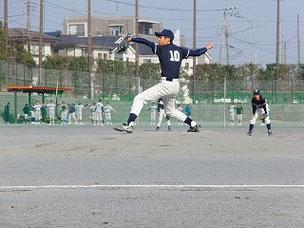 試合後、審判の方達はベタホメしていたそうです。コントロールが良くなったら凄い投手になると。