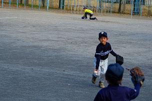 ナイストス! この選手も別の小学校から通ってくれています。広がれピューマーズの輪!