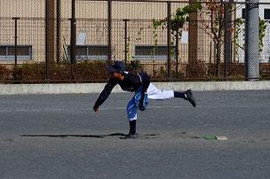 サプライズ登板第二弾ASA君。自主練習での力は発揮できなかったけど、努力の成果を見せてくれました。良い速球でしたよ。このまま努力を続けてください。