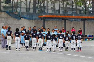 開会式後の試合でした。