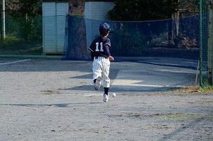 ボールボーイをよくがんばってくれました。大活躍でした。最近足が速くなったよね。