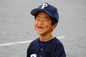Fくんのように、野球は楽しくやろうね。 よい笑顔です。