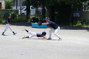 走塁はとても大事です。