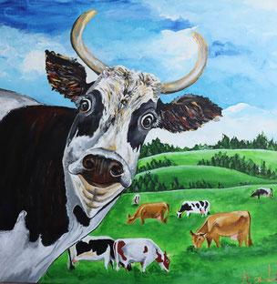 troupeau de vaches dans un pré avec de gros yeux, drôle, marrante, rigolote
