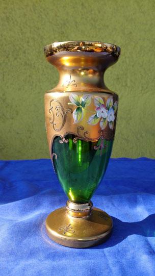Vase aus Buntglas
