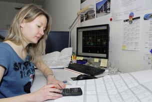 Zeichner EFZ Fachrichtung Ingenieurbau Hochbau Tiefbau Bauzeichner CAD technisches Zeichnen Lehrstellen GIBZ Planen Konstruktion Bauingenieur Bauen Pläne zeichnen