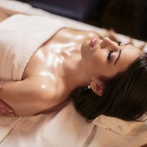 Vitaler fühlen durch Entgiftungs-Massage