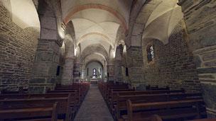 Eglise Romane du 11ème siècle de St-Pierre-de-Clages