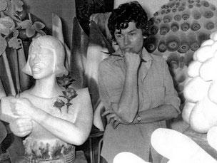 Geneviève Bohmer dans son atelier, juin 1972