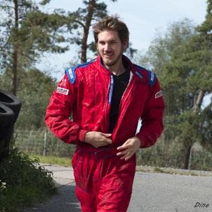 Kartrennfahrer Jan Knauer, Foto: Nadine J. M. Knauer, Sportfotografie