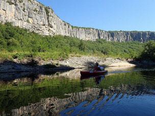 Descente en canoe Kayac dans le Cirque de Gens.