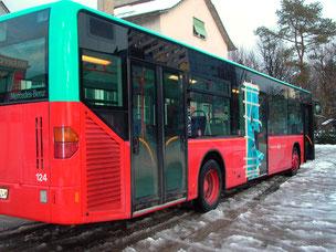 Bus mit defekter Scheibe
