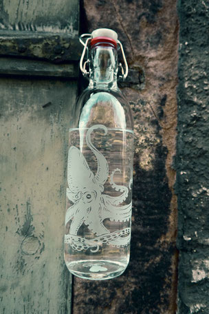 trinkflasche , flasche , tragegriff , trinken , freiglas , glas , plastikfrei , öko ,  nachhaltig , style , urban , design , wasser, flower of life , drink bottle ,  octopus , krake , tintenfisch