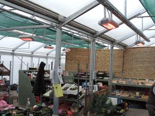 Einzeln heizbare Arbeitplätze mit Wärmestrahlern von Tansun