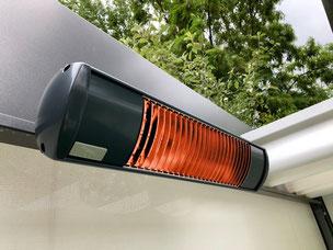 Wärmestrahler unter einem Faltdach