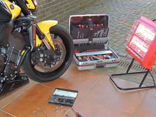Mobiler Heizstrahler für Arbeiten in der Garage