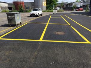 Markierungen für Areal und Firmenparkplätze, Signale und Markierungen auf Firmenarealen