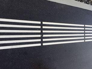 Taktile Markierungen dass sich Blinde und Sehbehinderte Menschen einfacher zurecht finden