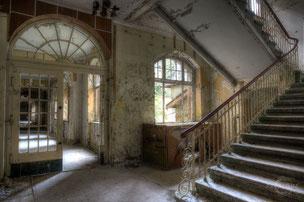 Sanatorium J. [Revisit II]
