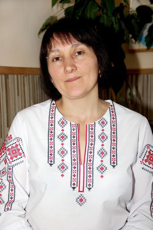 Дячок  Світлана  Степанівна вчитель укр. мови та літ-ри, класний керівник 8 класу