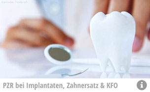 Mit regelmäßiger professioneller Zahnreinigung können Implantate und Zahnersatz länger erhalten werden. (© ponsulak - Fotolia.com)