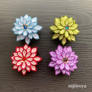 剣菊の帯留め つまみ細工nijiiroya