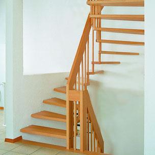 Renovierung Holztreppe mit Bucher Treppen Modell HARMONIE