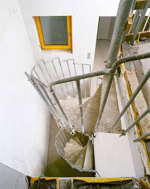 Bautreppe von Bucher Treppen - stabile Treppe für die Rohbauphase - von oben