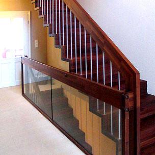 Sanierung Holztreppe mit Bucher Treppen Modell LINEA