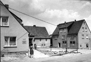 Bild: Rathaus und Feuerwehr 1971