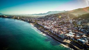 Renta-de-camionetas-con-chofer-para-viajar-a-Puerto-Vallarta-y-Nayarit-conexion-travel