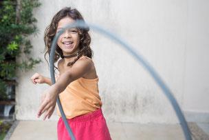 Schenke deinem Kind spielerisches Training für Musikalität und Koordination