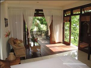 Hotel, Pulau Weh