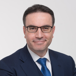 Dr. Alexander Insam