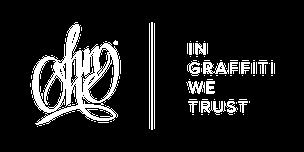 OhmOne Logo und In Graffiti we trust Schriftzug auf einem dunklem Hintergrund.