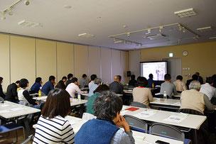 写真:第1回 JimdoCafe 福島 オープニングイベント「Jimdoホームページ活用セミナー〜効果が出るホームページにステップアップ!〜」の様子