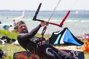 Kiteboard-Best Exctract-Kiteausrüstung-Kitesurfing-Kiteanfänger-Blouberg Strand