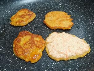 Pancakes Topinambur Mandelmilch Dinkelmehl einfrieren Snack Unterwegs Rezept Rezepte BLW Baby Led Weaning Frühstück Abendbrot Mittagessen einfrieren kochen