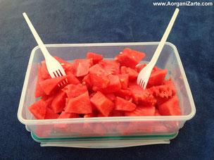 lleva fruta a la playa o a la piscina - www.AorganiZarte.com