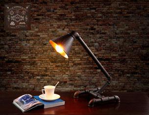 lampada vintage da tavolo illuminazione d'epoca industrial style