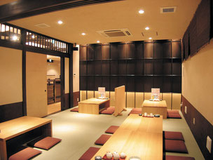 2階座敷:和と酒馬乃屋