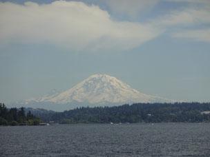 シアトルは山あり海あり湖あり。緑が多い!治安も良い!