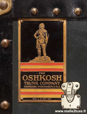 malle ancienne Oshkosh Trunk compagny